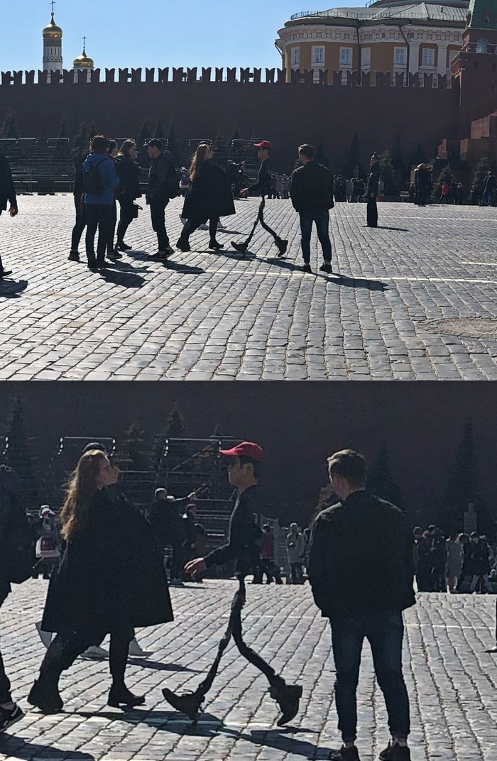 Снимал панораму на Красной площади, а позже приблизил и увидел этого парня) Панорама, Фотография, Москва, Красная площадь, Похудение