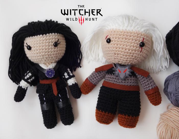 Вязаные Йен и Геральт ^^ The Witcher 3:Wild Hunt, Геральт из Ривии, Йеннифер, Ведьмак, Ведьмак 3, Длиннопост