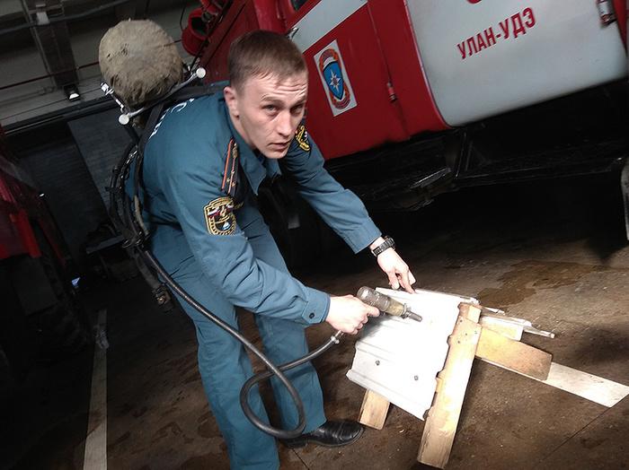 Как пожарные из Бурятии придумали инструмент, помогающий спасать людей. Пожарные, Бурятия, Длиннопост, Тушение пожара, Изобретения