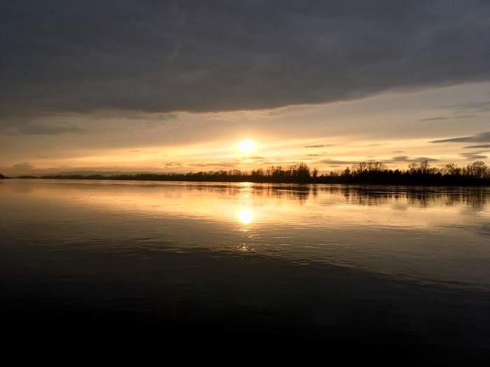 Закат на Енисее.