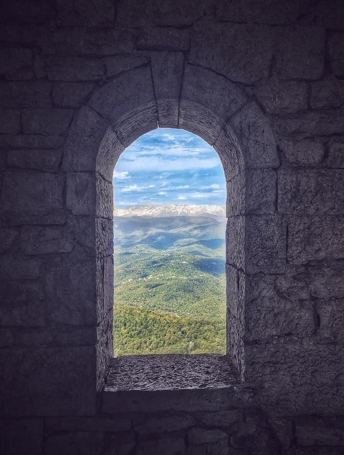 Окно в башне Фотография, Пейзаж, Окно, Вид из окна, Ахун, Сочи