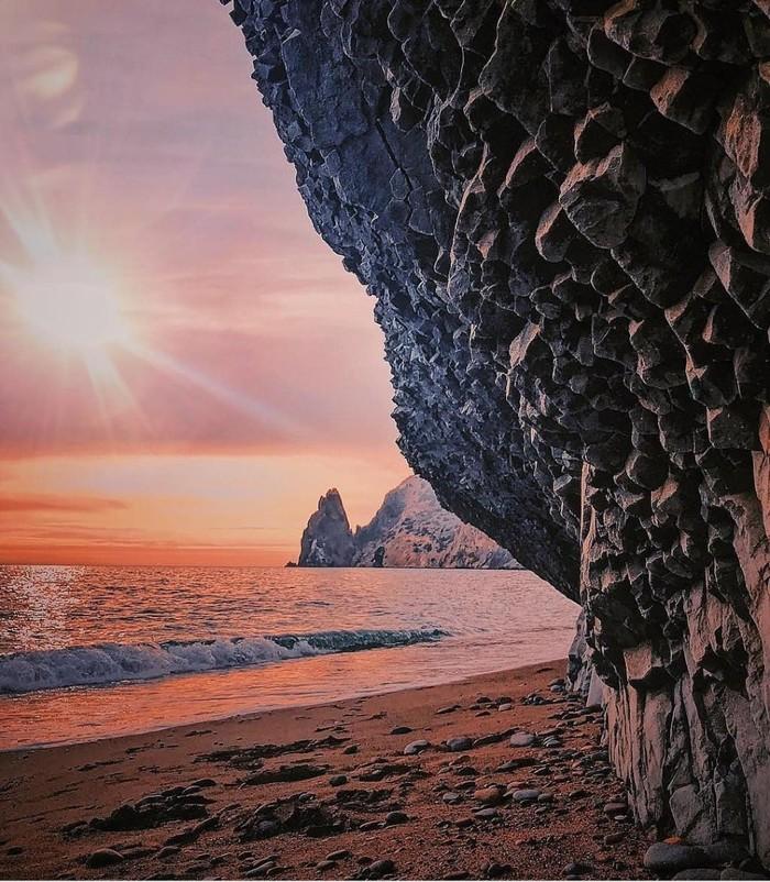 Базальтовые скалы(пещеры) Фиолента. Севастополь. Севастополь, Фиолент, Базальт, Красота, Природа, Длиннопост