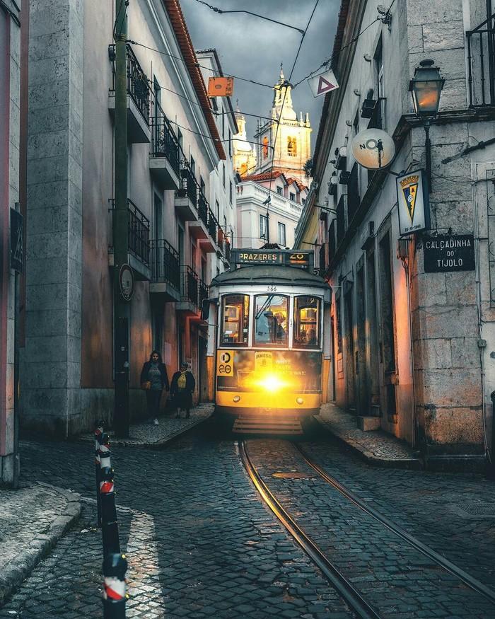 Лиссабон. Португалия, Лиссабон, Трамвай, Транспорт, Прогулка, Рассвет, Фотография, Длиннопост