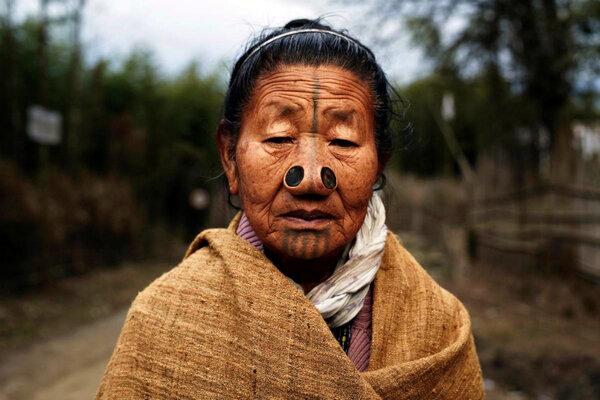 Апатани: хранящие предания о динозаврах и уродующие женщин Апатани, Гималаи, Традиции, Культура, Народ, Племена, Видео, Длиннопост