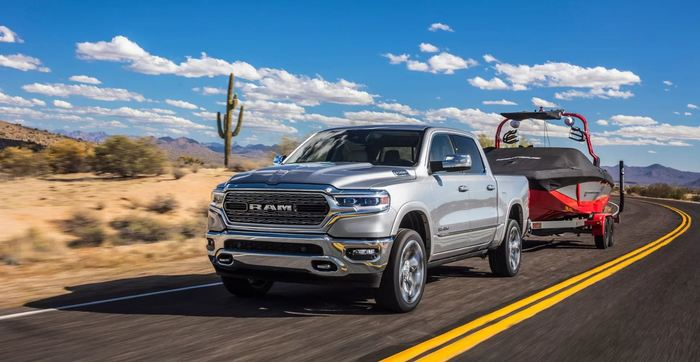 В США компания Dodge продала всего 3 новых автомобиля Dart за месяц, ошибка маркетологов или потребители чего-то не понимают?