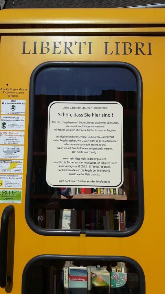 Такая вот библиотечечка. Германия, Книги, Библиотека, Халява, Мило, Атмосферно, Длиннопост, Телефонная будка