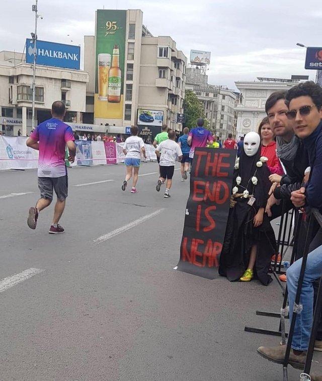 Мотивация Забег, Плакат, Финиш, Карнавальная маска, Двусмысленность