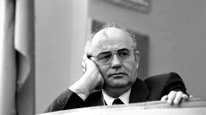 На что живет пенсионер Горбачев? Результаты перестройки на примере одного единственного человека Михаил горбачев, Перестройка, Знаменитости, Политики, Доход, СССР, Длиннопост