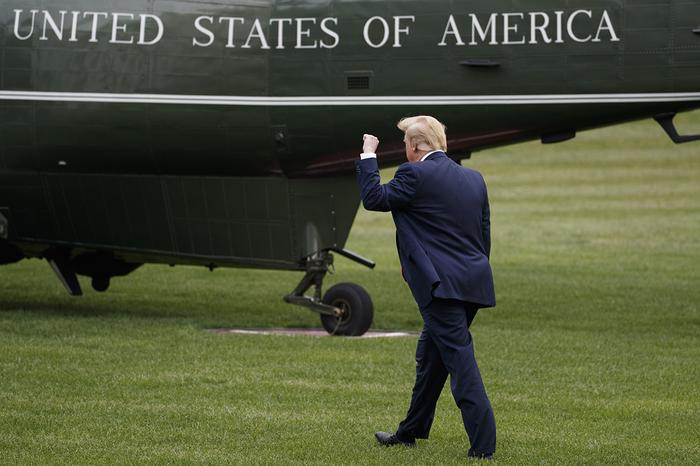 Трамп: Китай сорвал заключение торговой сделки США, Китай, Торговая война, Политика