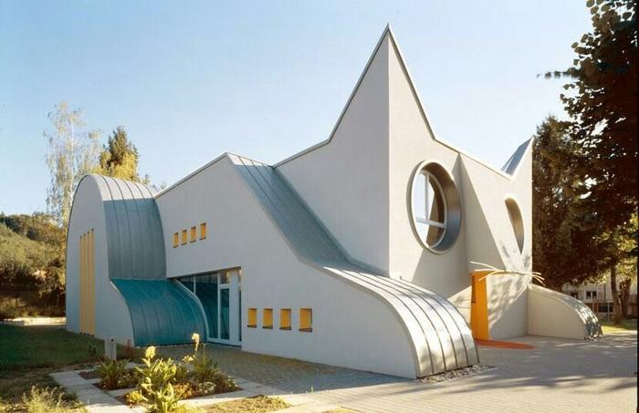 Детский сад в форме кота, Германия