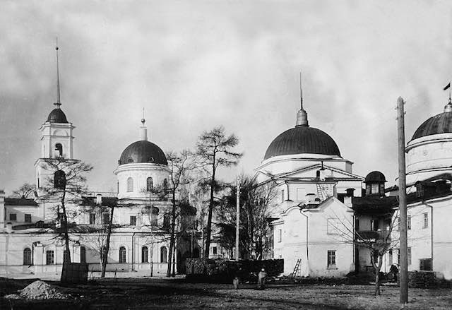 Может кто-то забыл, но мы-то напомним Екатеринбург, Храм