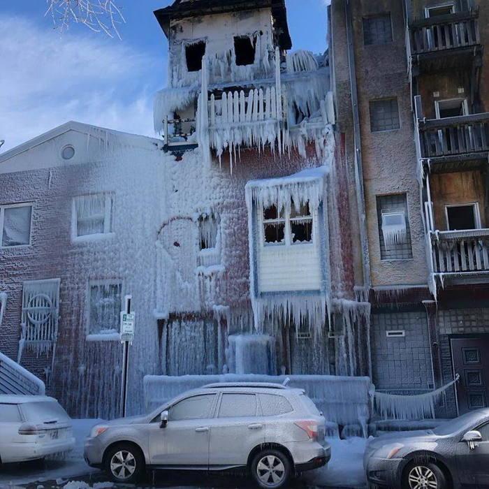 Дом ледяной смерти.