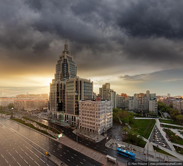 Шёл дождь Max Polazov, Высота, Фотография, Крыша, Москва, Дождь