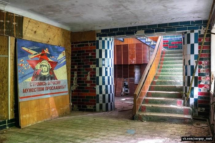 Заброшенное авиационное лётно-техническое училище в Калуге Калуга, Училище, Длиннопост