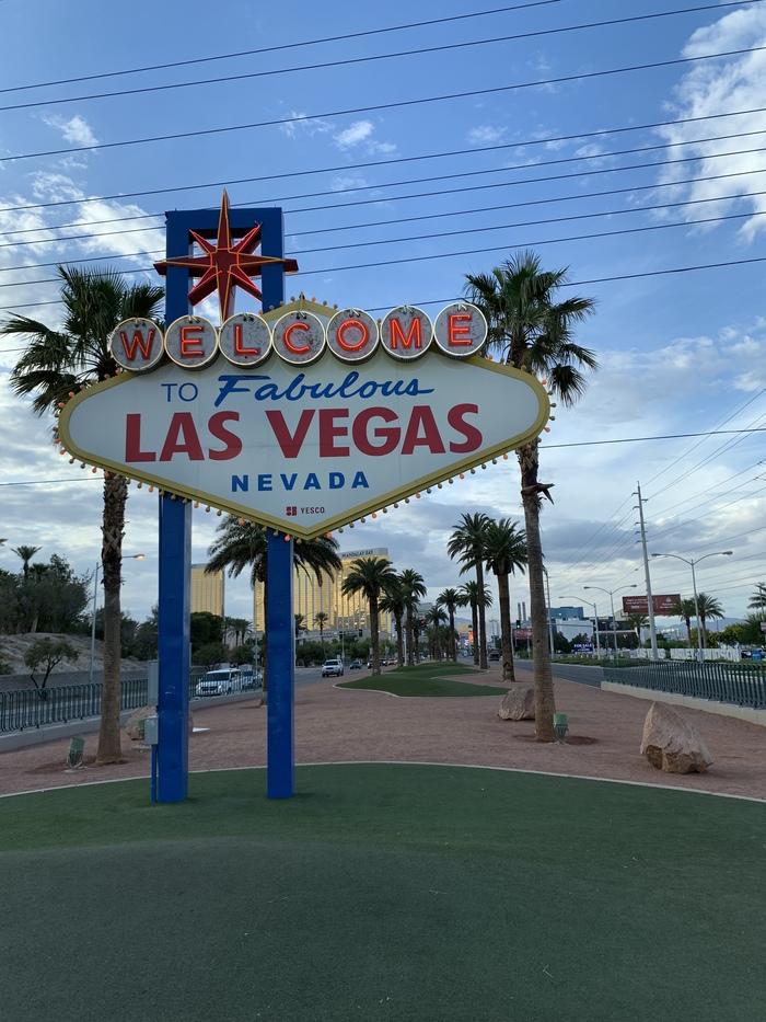 Про свадьбу в Вегасе Лас-Вегас, Свадьба, С любовью