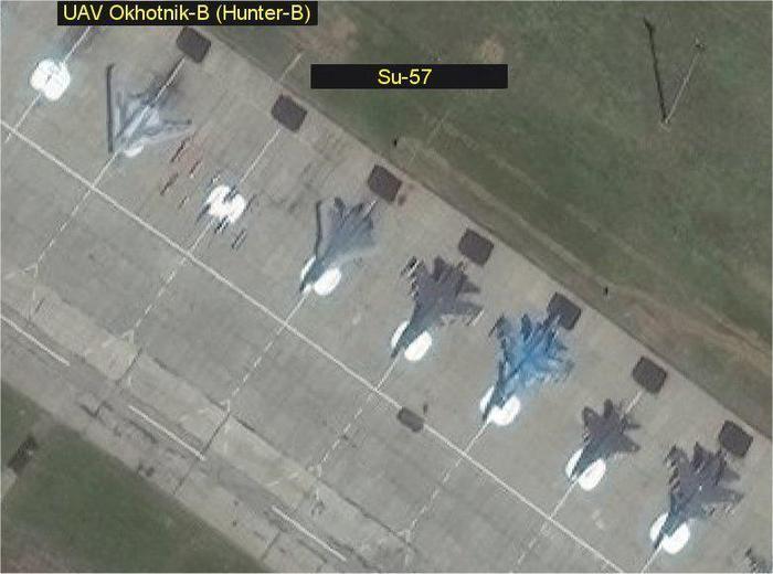 БЛА Охотник-Б и Су-57 в Ахтубинске Су-57, Охотник-б, Авиация, Беспилотник