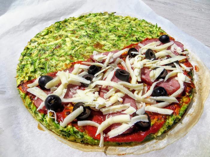 Пицца на кабачковом тесте без грамма муки Еда, Кабачок, Пицца, Вкусно, Другая кухня, Приготовление, Кабачковая пицца, Рецепт, Видео, Длиннопост