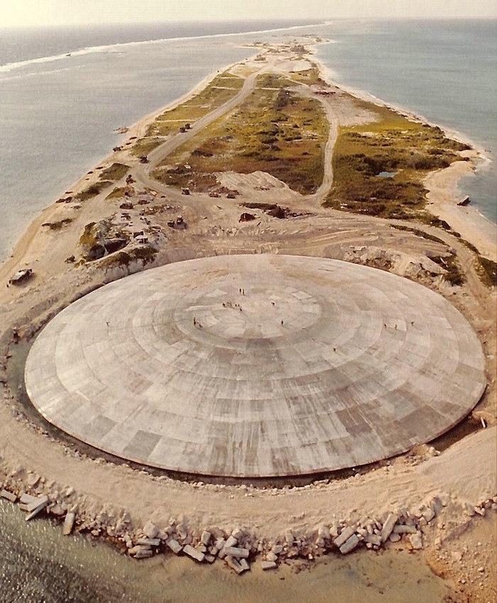 Радиация из «ядерного гроба» может попасть в Тихий океан Океан, США, Ядерное оружие, Ядерные испытания, The National Geographic, Экология, Видео, Длиннопост