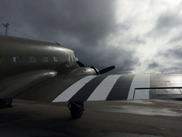 К 75-й годовщине высадки союзных войск в Нормандии Авиация, История, Douglas DC-3, Нормандия, Вторая мировая война, d-Day, Фотография, Видео, Длиннопост