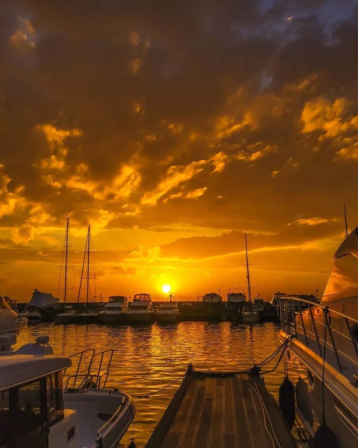 Закат во Владивостоке Владивосток, Фотография, Закат, Море, Приморский край, Яхта, Парусник, Облака