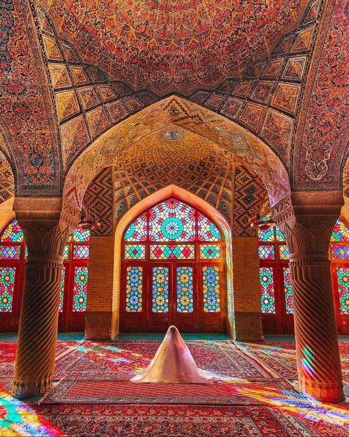 Мечеть Насир оль-Мольк в Иране