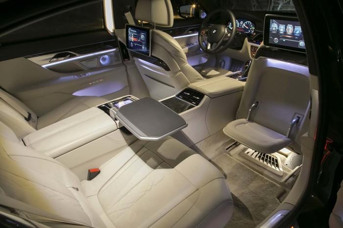Тульское КБП покупает BMW с функцией массажа почти за 13 миллионов Госзакупки, Ростех, BMW, Чемезов, Негатив