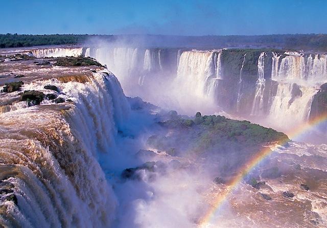 Прямиком в «глотку дьявола». Водопады Игуасу Южная Америка, Водопады Игуасу, Путешествия, Видео, Длиннопост, Яндекс Дзен