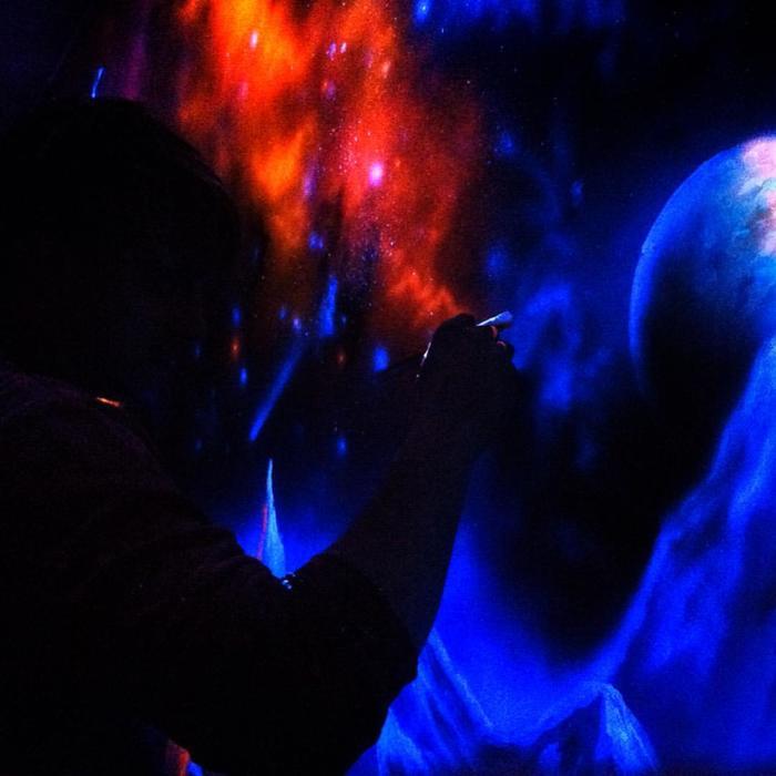 Светящиеся краска. UV роспись стен Арт, Дизайн интерьера, Роспись стен, Граффити, Космос, Аэрография, Роспись, Светящиеся краски