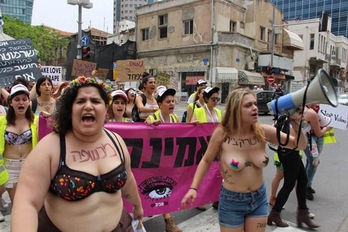 В Иерусалиме прошёл ежегодный «Марш шлюх» (Slut Walk) Женщина, Блекджек и шлюхи, Феминизм, Парад, Длиннопост