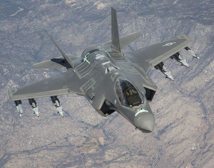 «Устаревшие» F-35 станут «Агрессорами» Авиация, ВВС США, f-35, Popular Mechanics