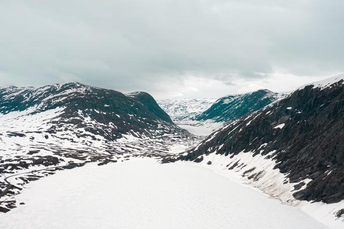 Норвегия Норвегия, Природа, Горы, Работа, Снег, Квадрокоптер, Дрон, Север