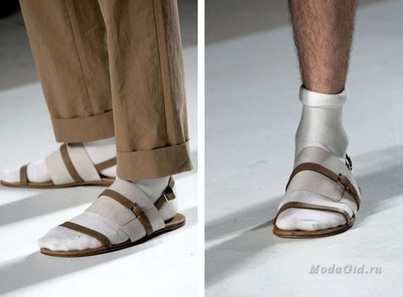 Сандалии + носки в преддверии лета Носки, Сандали с носками, Мода