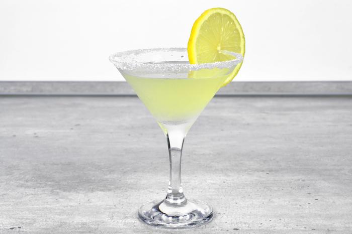 "Коктейль-аперитив ""Лимонный мартини"" Алкоголь, Коктейль, Бар, Рецепт, Длиннопост, Лимонный Мартини, Iba"