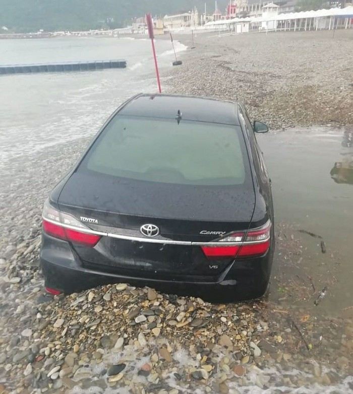 Не бита, не крашена... И в море не тонула. Архипо-Осиповка, Toyota Camry, Черное море, Длиннопост