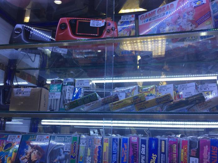 Улица Ретро игр в Париже Ретро-Игры, Париж, Nintendo, Oldschool, Франция, Компьютерные игры, Консоли, Геймеры, Длиннопост