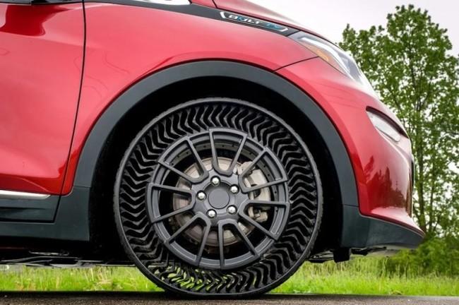GM и Michelin проводят испытания безвоздушных шин. Как вам, думаете приживутся на рынке? General Motors, Michelin, Безвоздушные шины, Авто, Видео, Гифка, Длиннопост