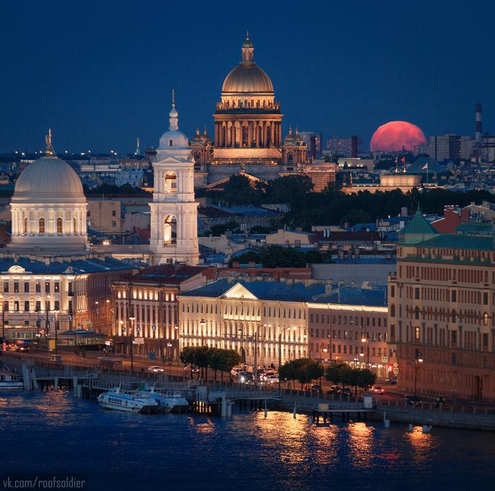 Сегодня ночью над Петербургом Санкт-Петербург, Фотография, Фотограф, Алексей Голубев, Полнолуние, Луна, Городские пейзажи