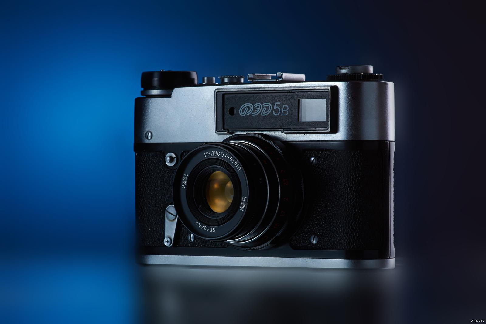 модель новая пленочная фотокамера служившие