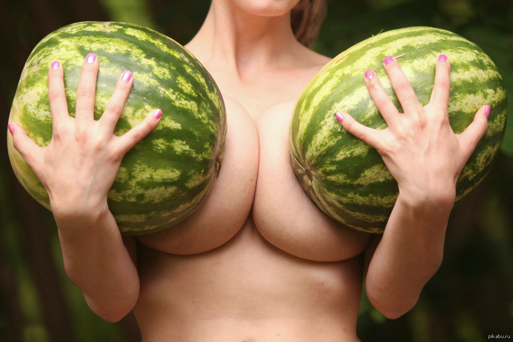 Арбуз сиськи фото порно