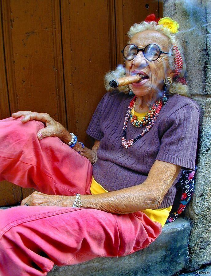 Флирт, прикольные картинки про старых женщин