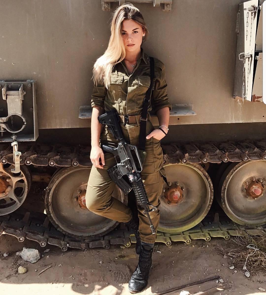 Подборку эротических фото из армии израиля #12