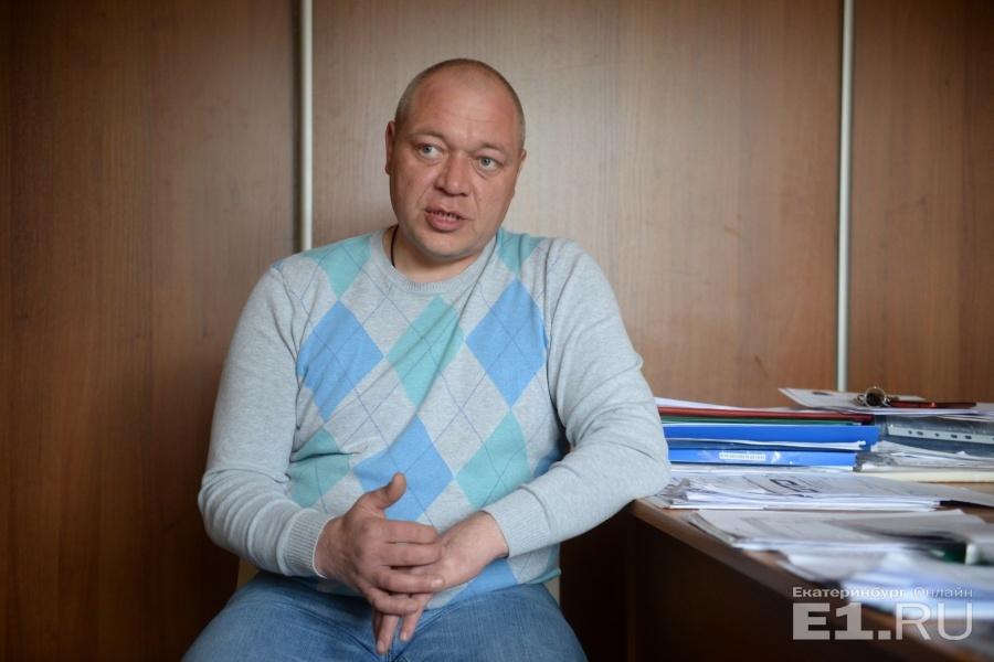 na-zhenshinu-ustanovili-muzhskoy-huy-po-operatsiyu-foto-devushek-v-prosvechivayushey-odezhde