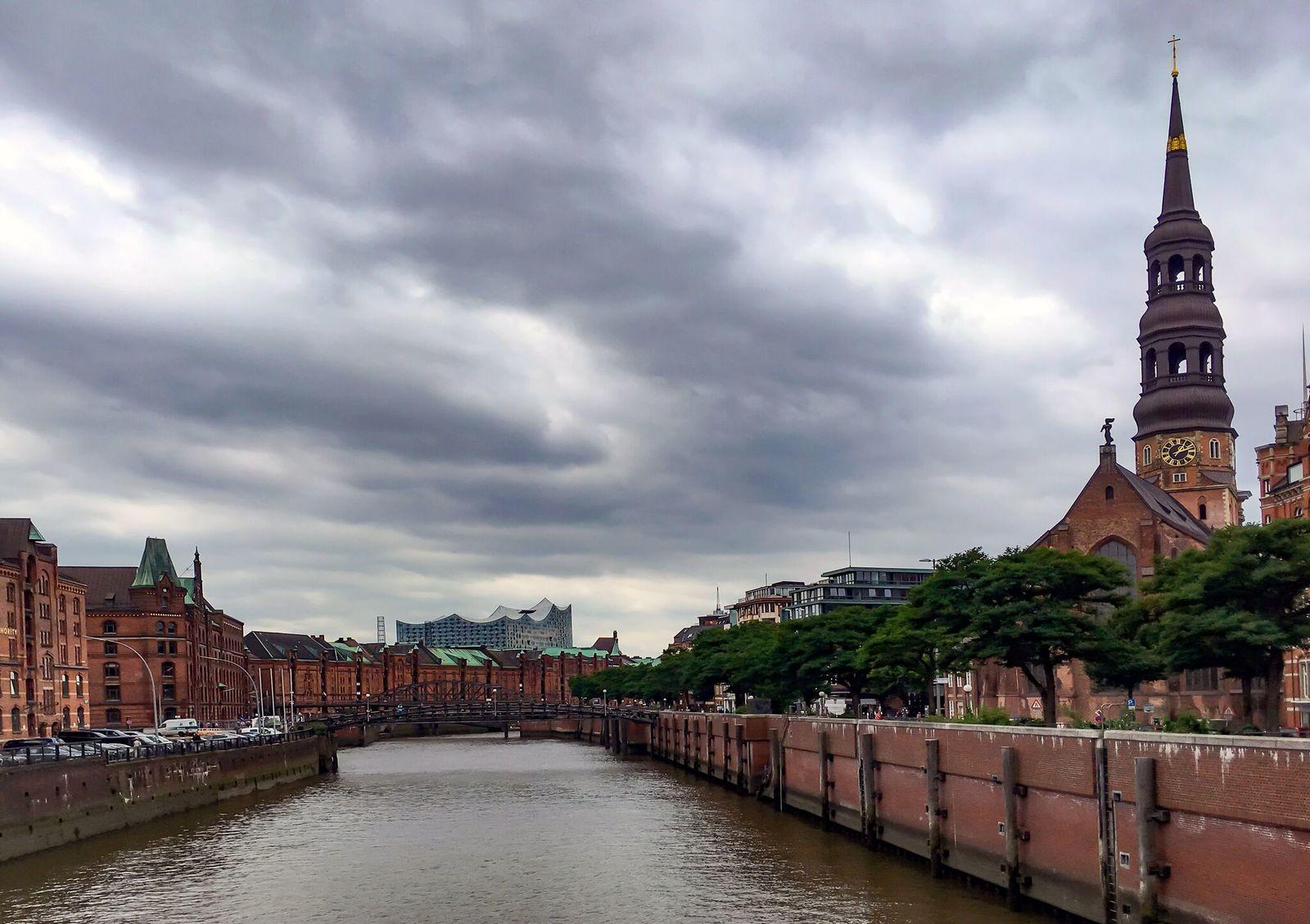 Обои улица, германия, здания, гамбург, красота, Облака. Города foto 12