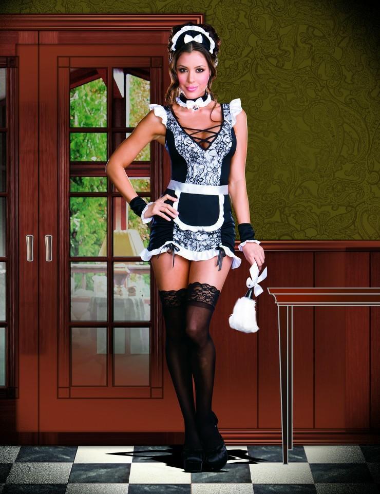 Кого трахать в омске, частное фото женщины в фартуке на кухне