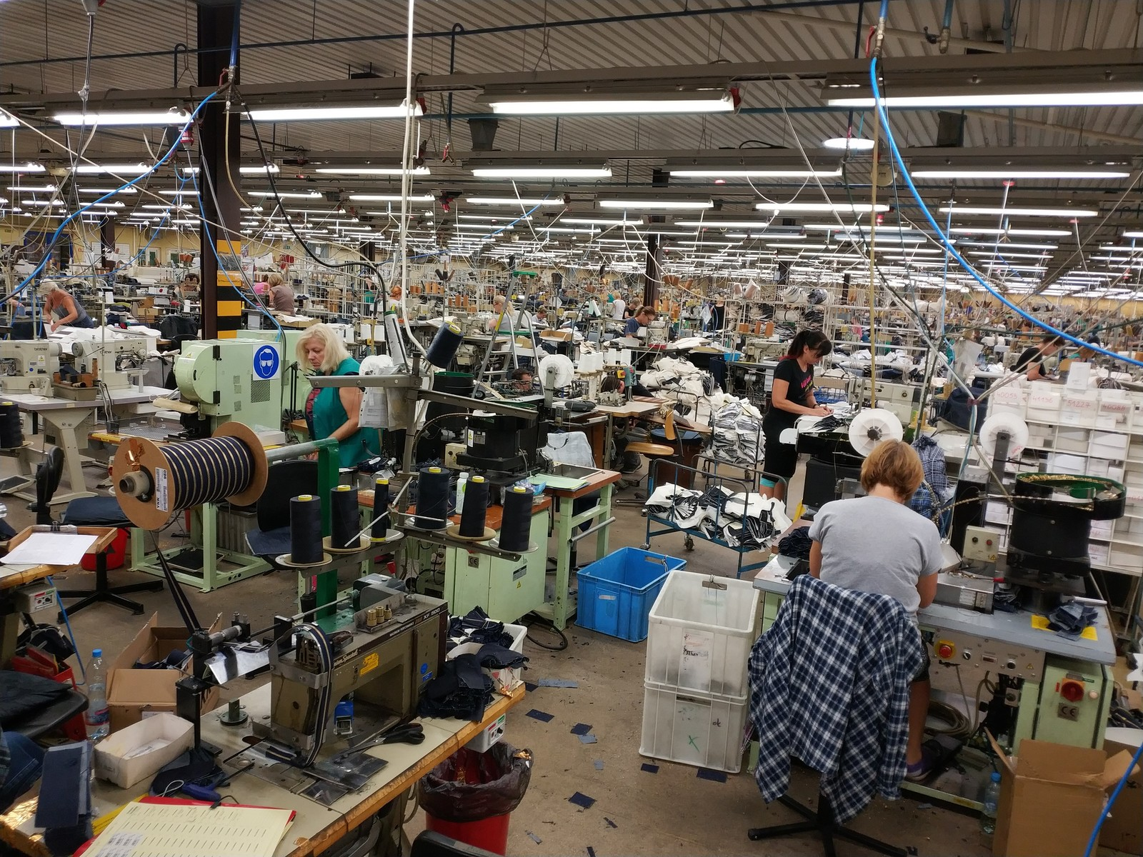 Фабрики levis работа для девушки 16 лет в челябинске
