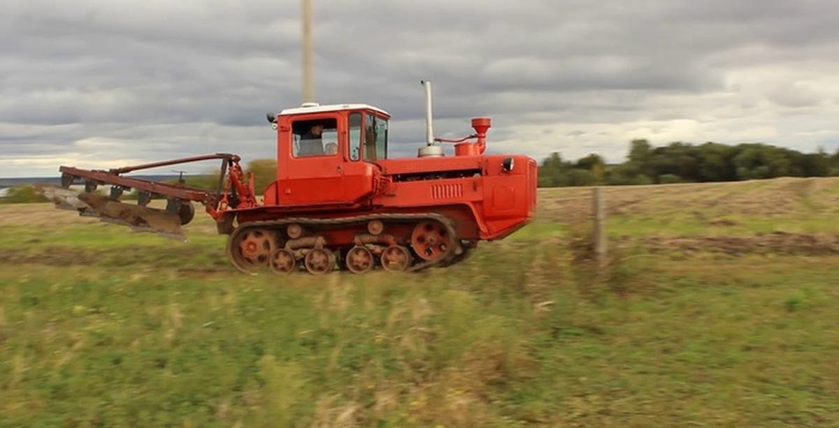 Волгарь 8 трактор плуг корпусной 175 т тельцу